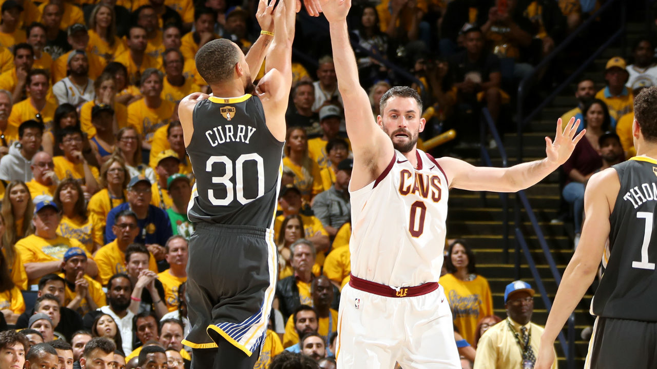 Stephen Curry Sets NBA Finals Record With Nine Threes