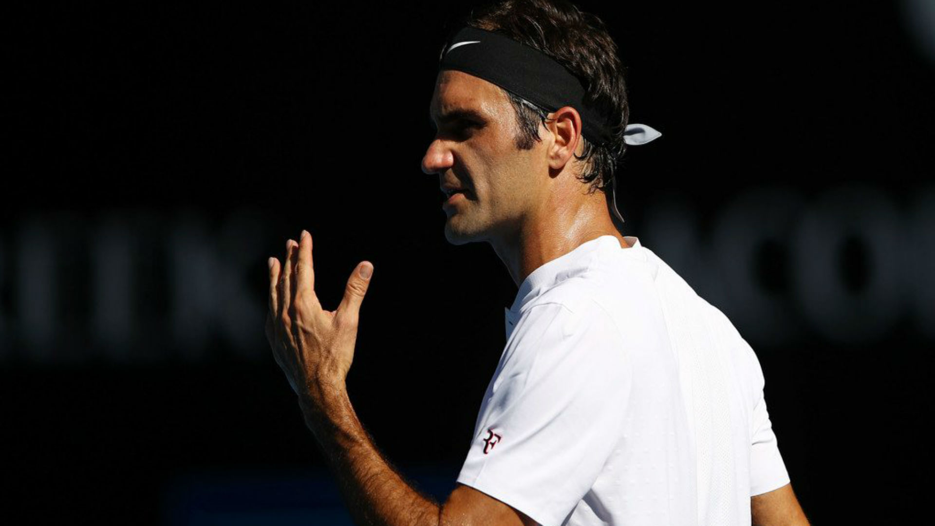 Federer backs Chung for top 10 spot