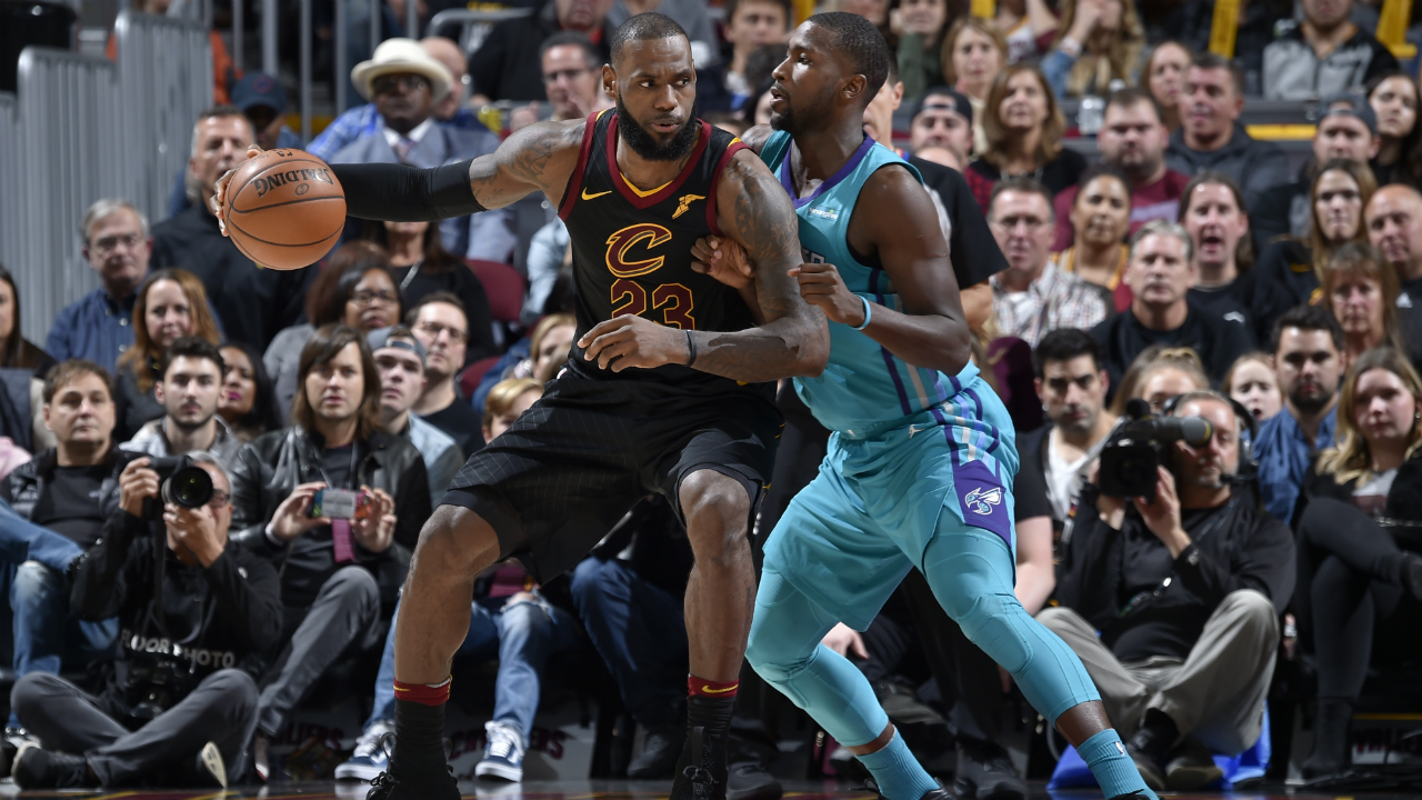Charlotte Hornets Game Recap: Clutch D Leads to 7th Straight""