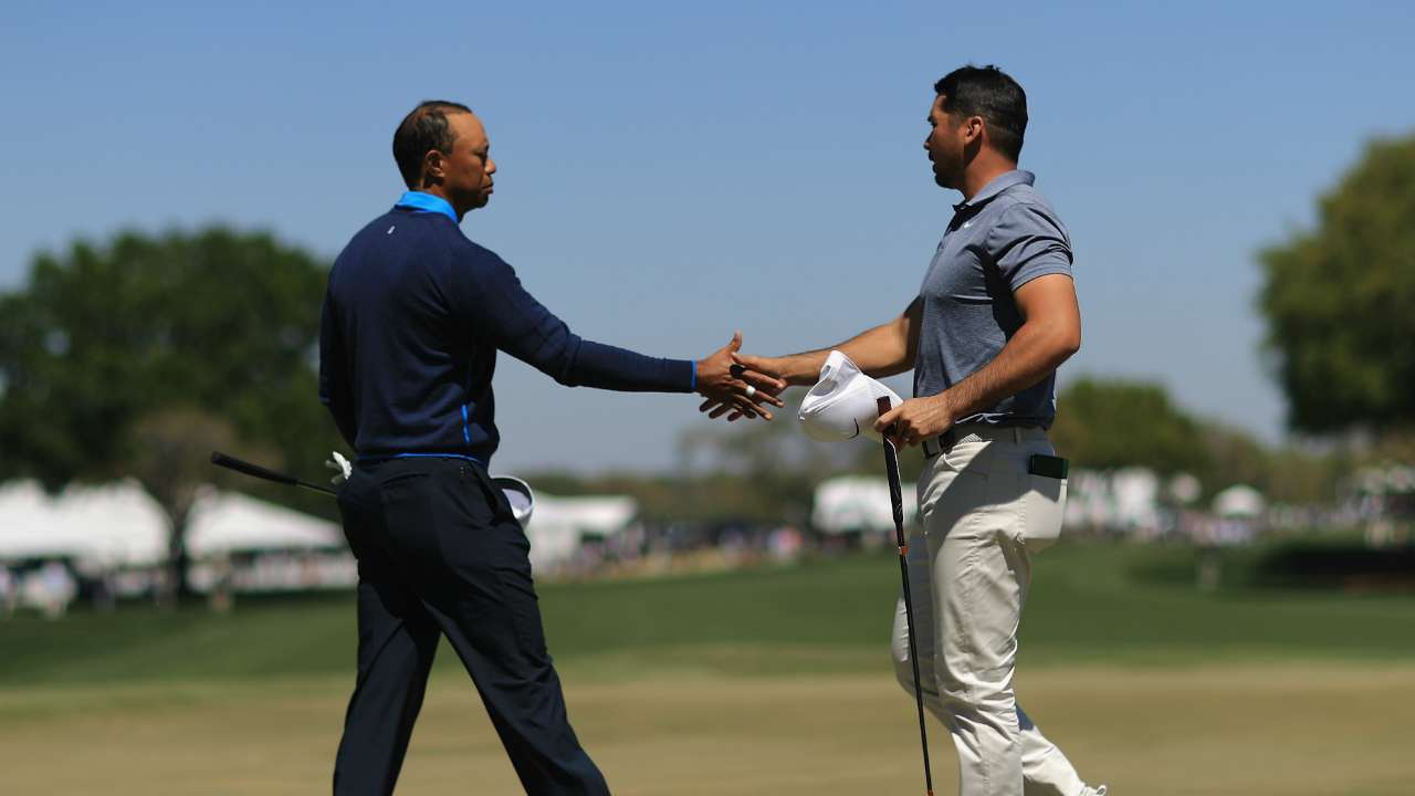 jason day can get back to world no 1  tiger woods