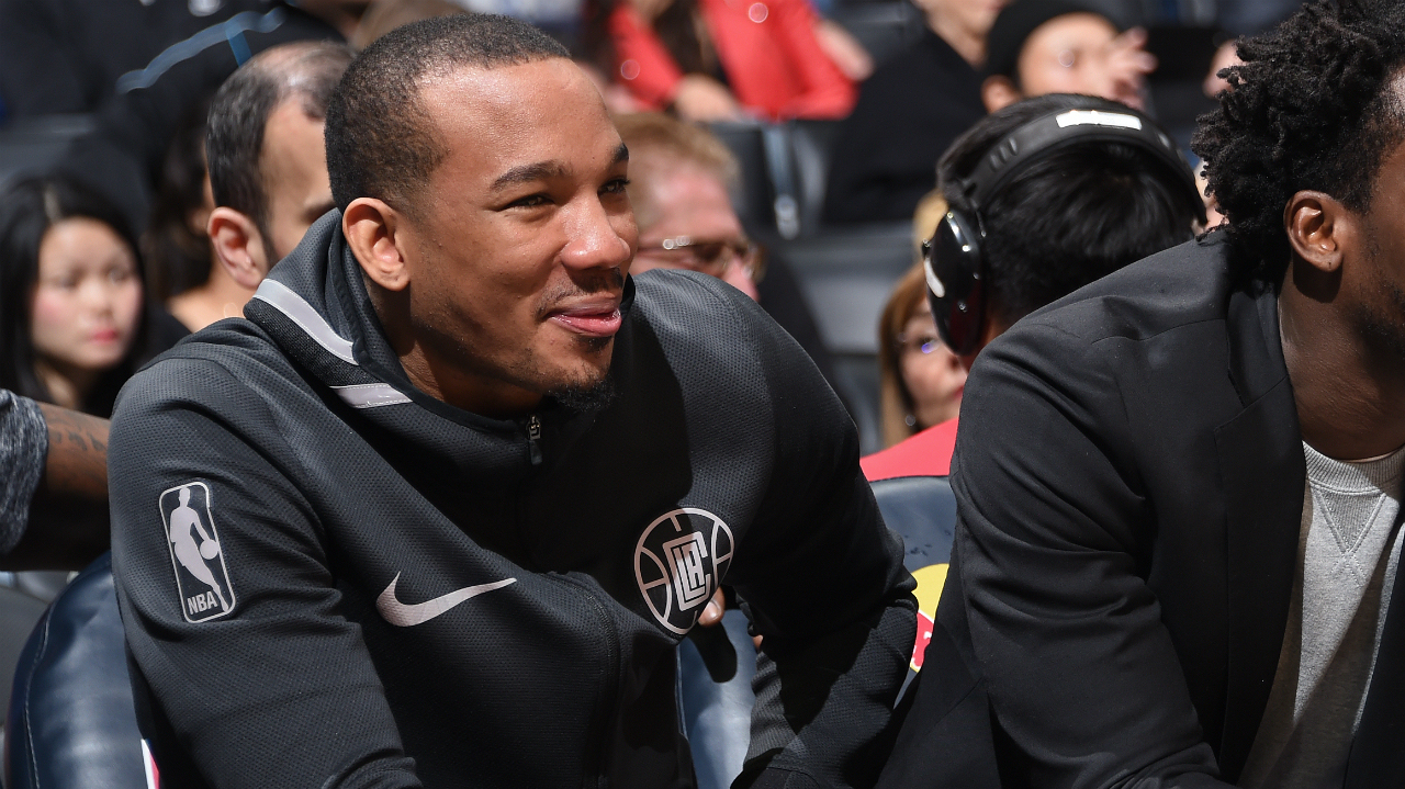 Clippers' Avery Bradley out for the season following groin surgery