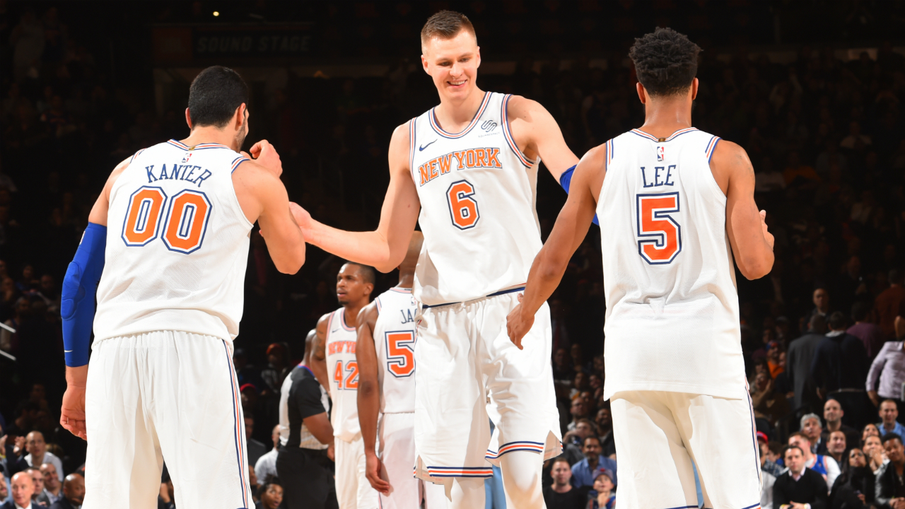Knicks forward Kristaps Porzingis will play vs. Grizzlies