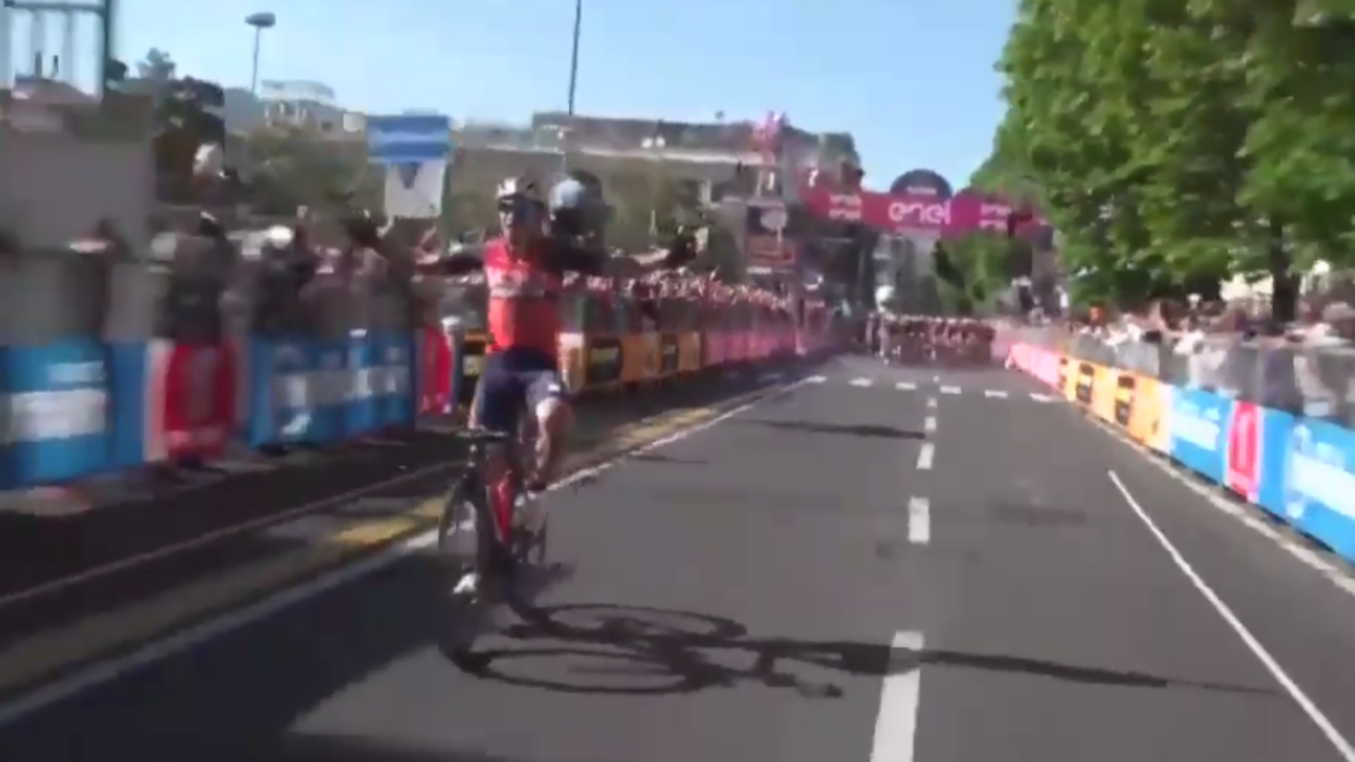 Premature celebration sends Giro rider to 148th place in stage five