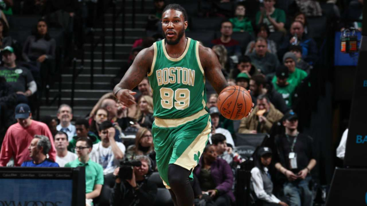 Crowder accepts lesser role with Celtics