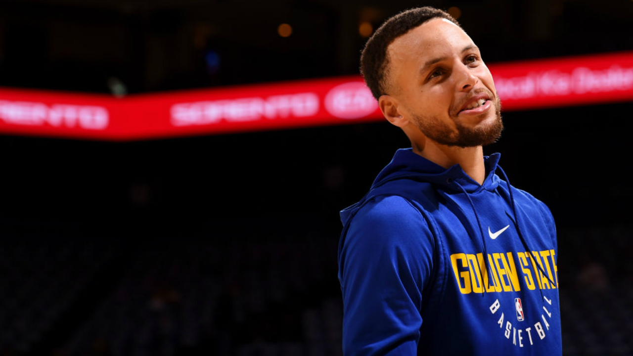 Stephen Curry (ankle) officially cleared for Warriors on Friday