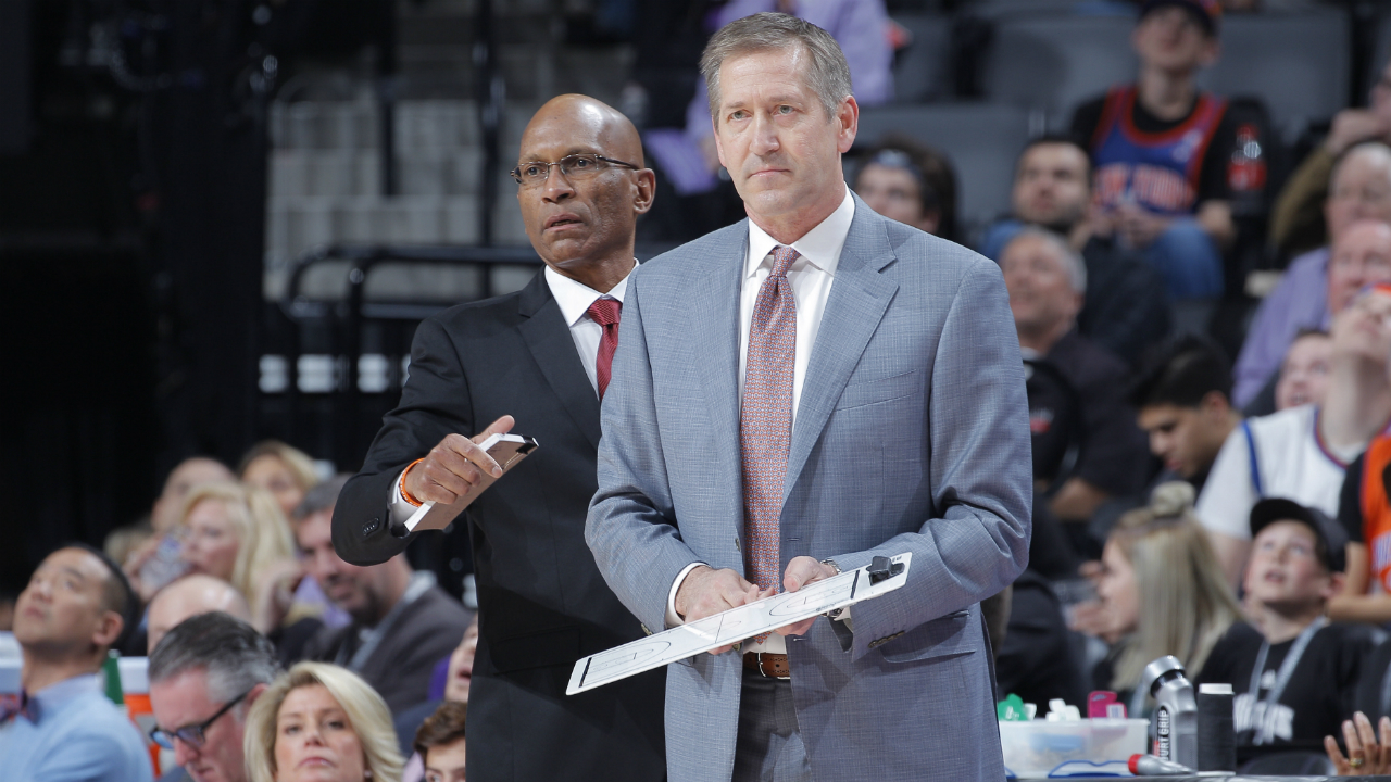 Pro basketball: New York Knicks fire head coach Hornacek