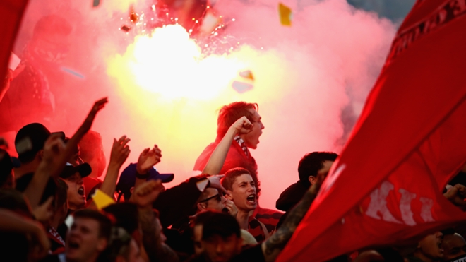 Wanderers flares
