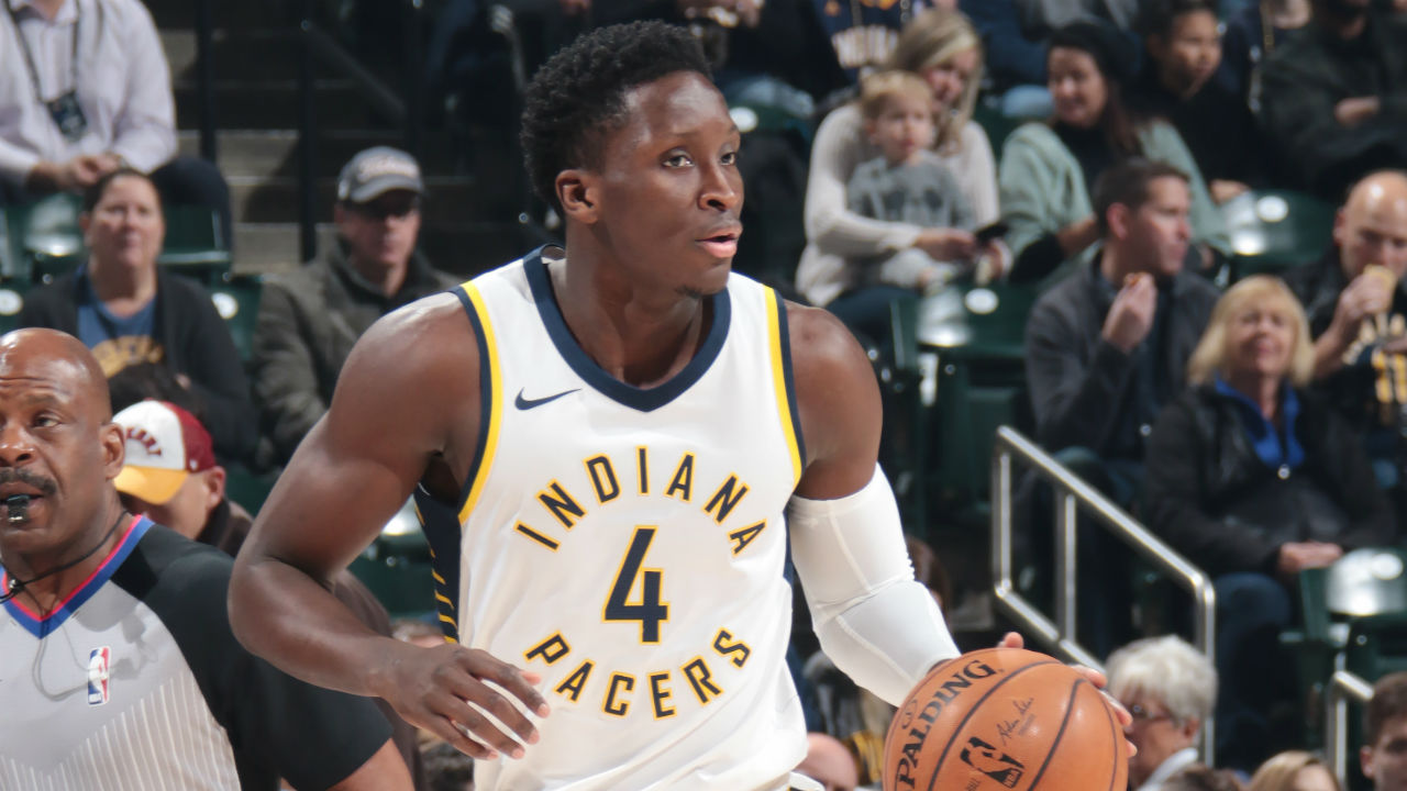 Oladipo Lifts Pacers Over Bulls 98-96
