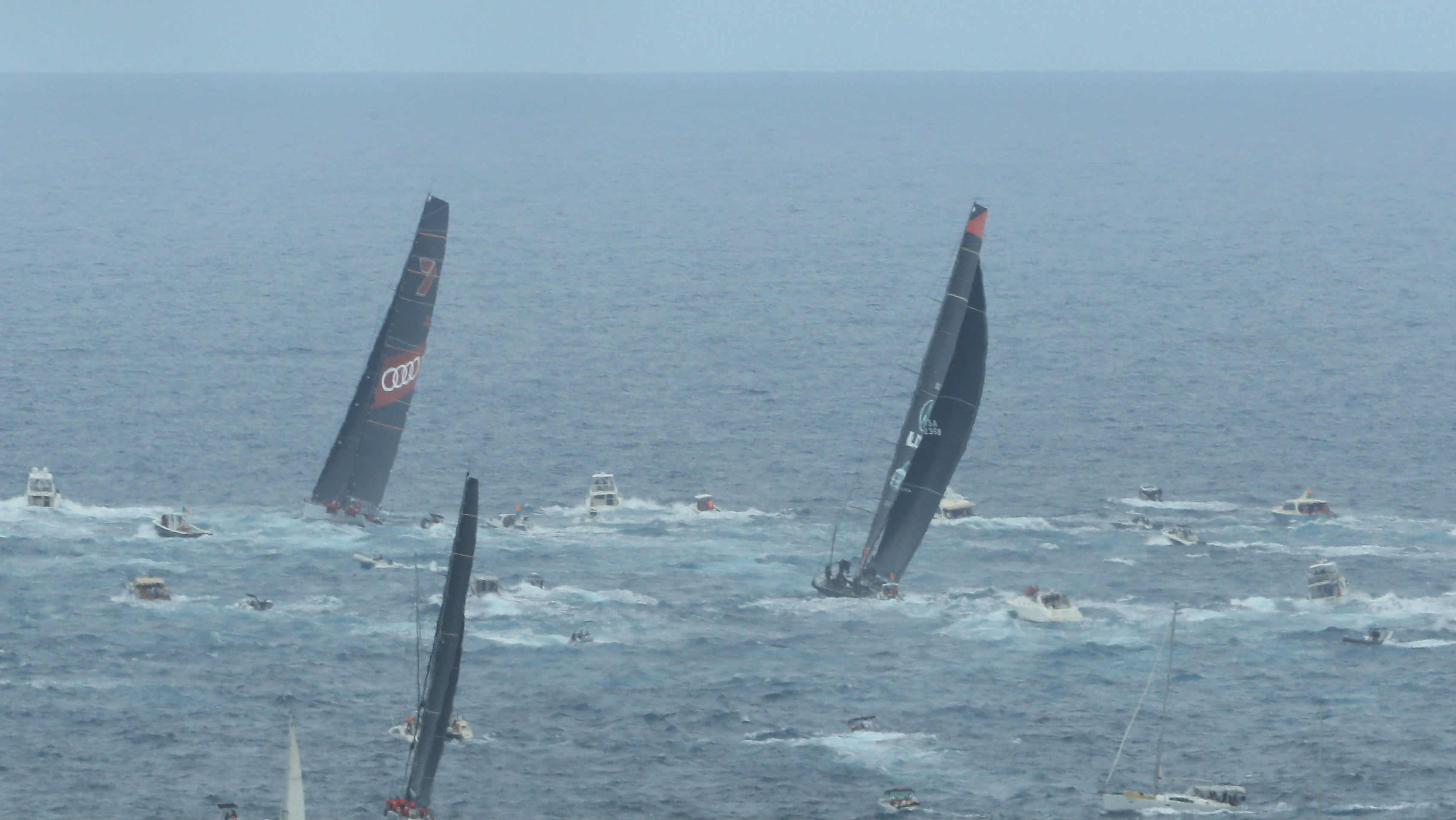 Wild Oats sets race record in Sydney-Hobart victory