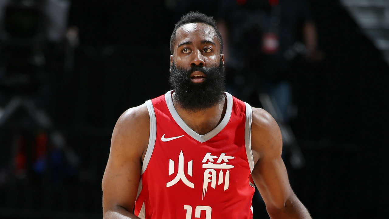 Harden, Rockets win 10th straight, topping Kings