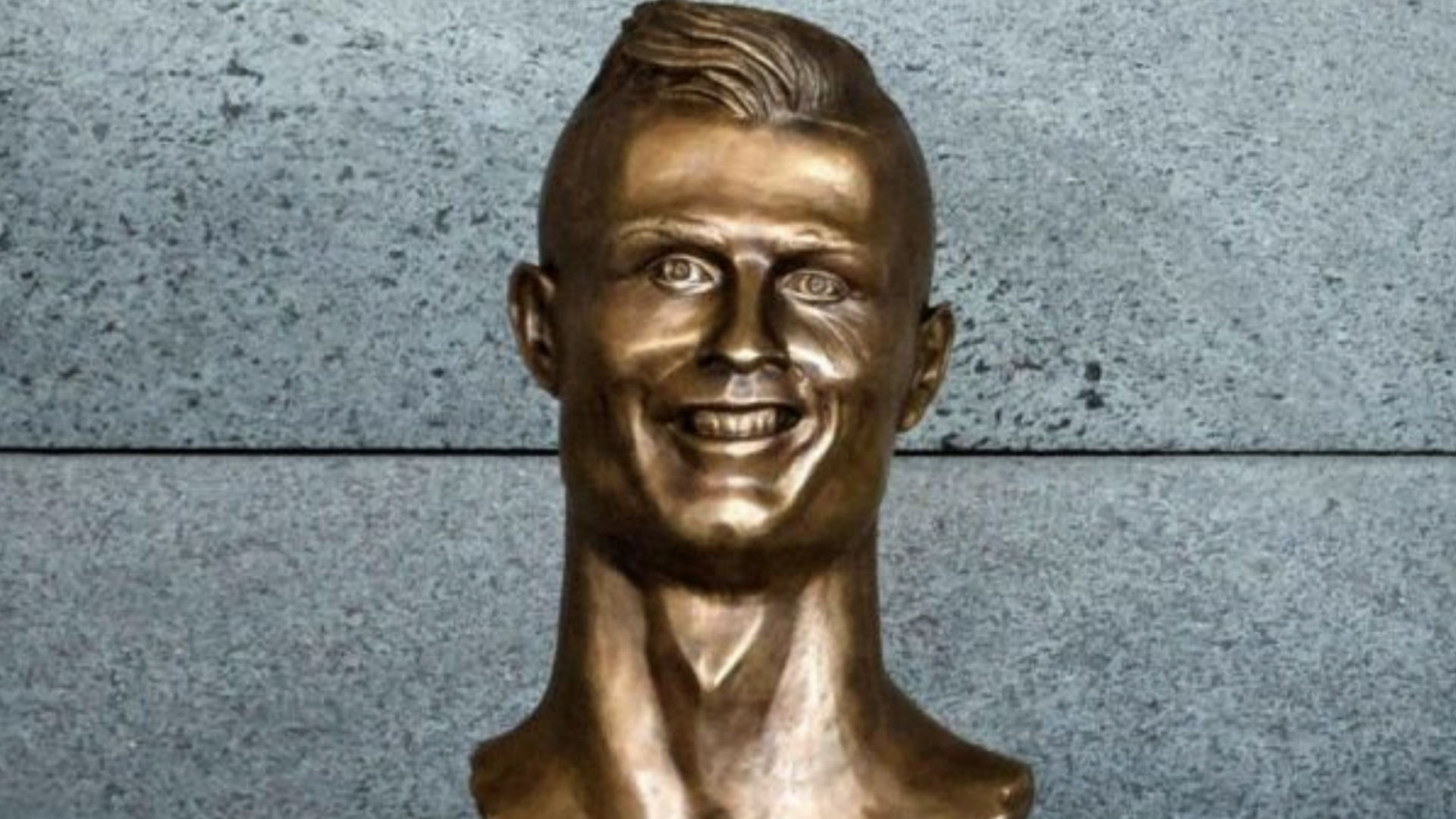 Infamous bust of Cristiano Ronaldo replaced at Madeira Airport