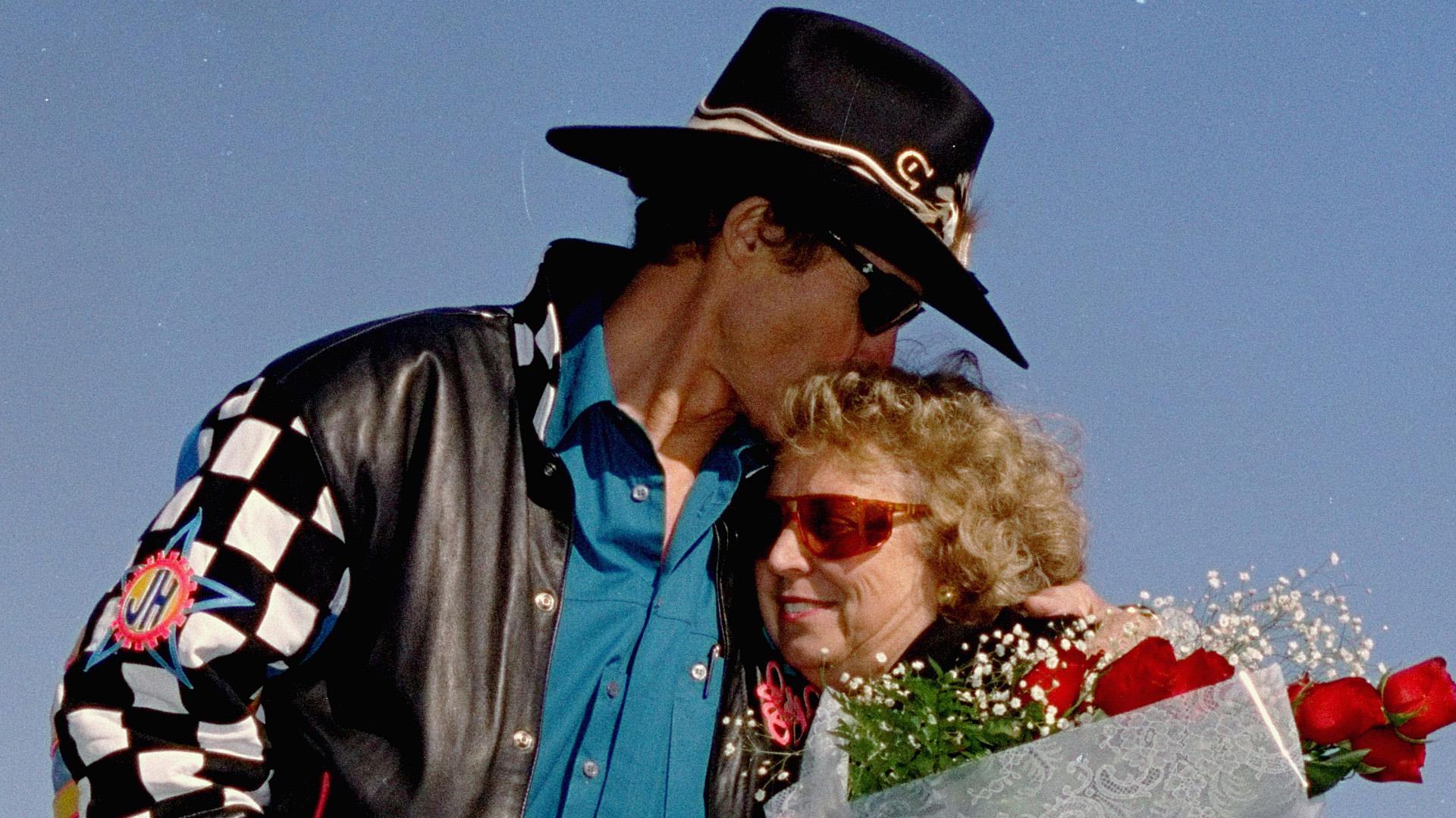 Richard Petty-Lynda-032814-AP-FTR.jpg