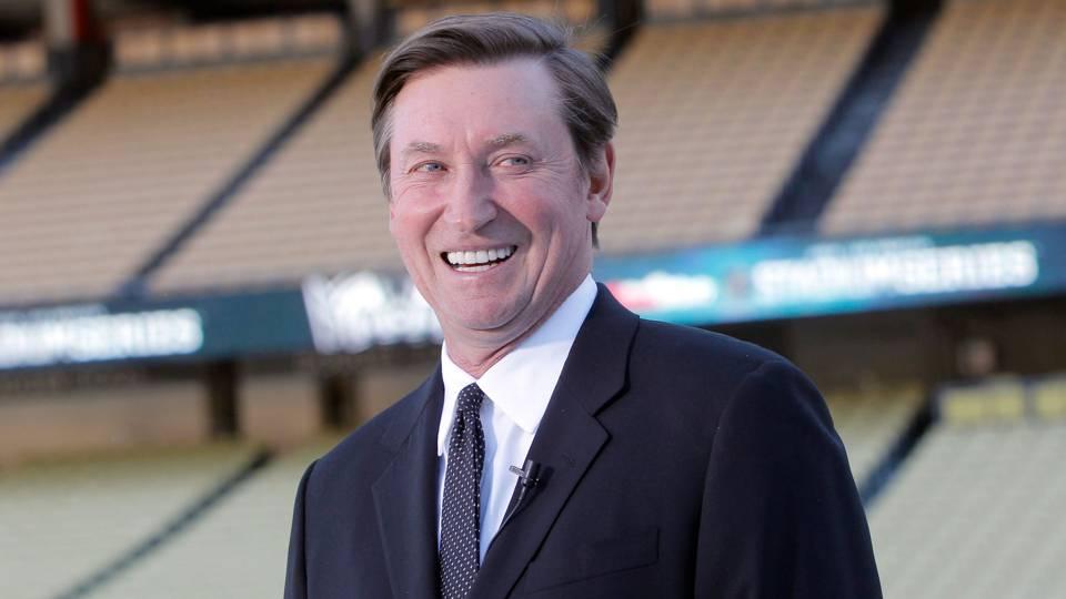 Wayne-Gretzky-FTR-52114.jpg