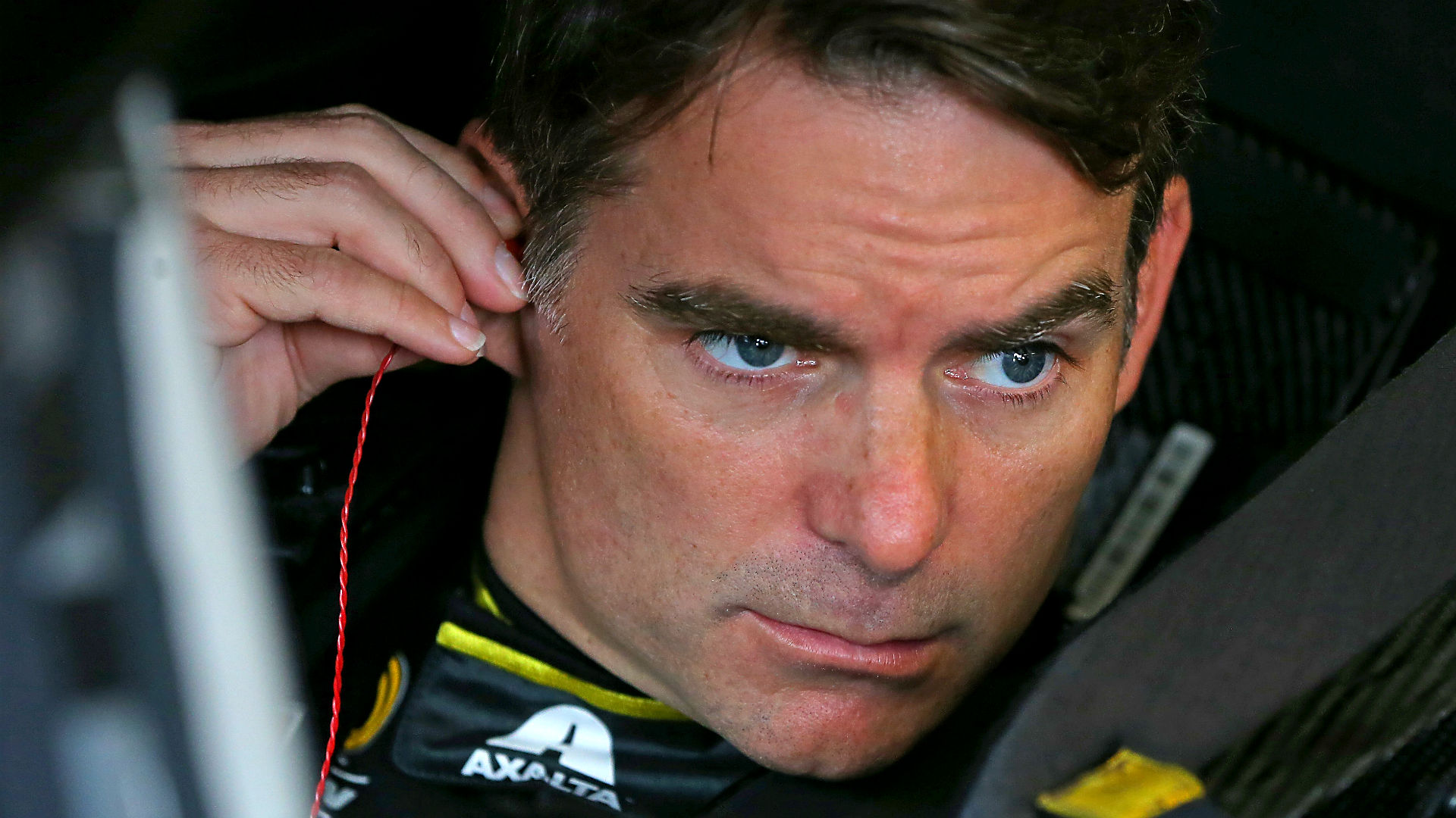 NASCAR odds and driver ratings – Jeff Gordon a factor in final Martinsville race