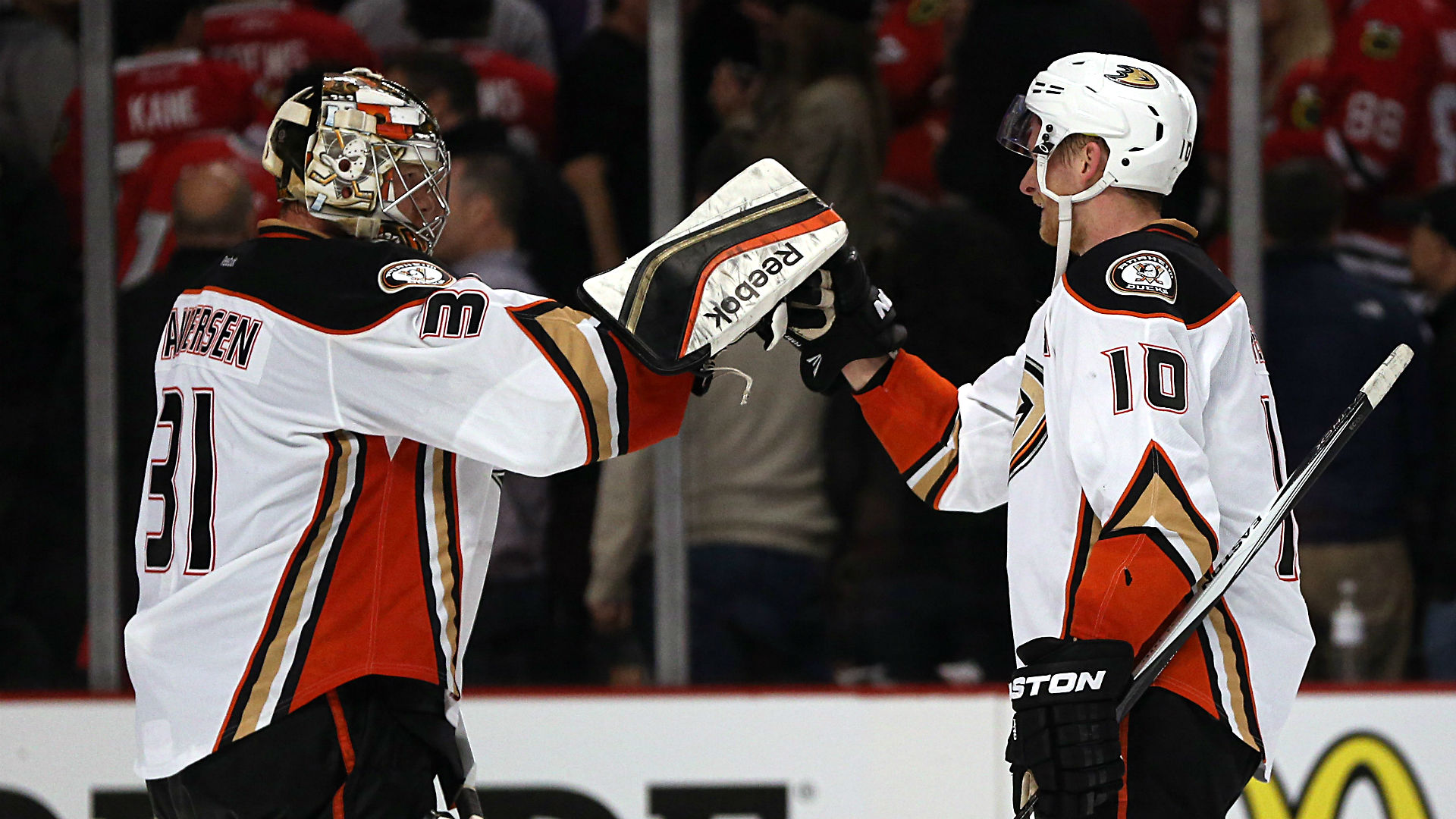 Ducks content to grind out win in sluggish Game 3