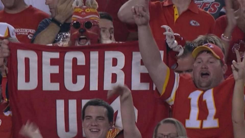 Chiefs-Fans-092914-FTR-Twitter.jpg