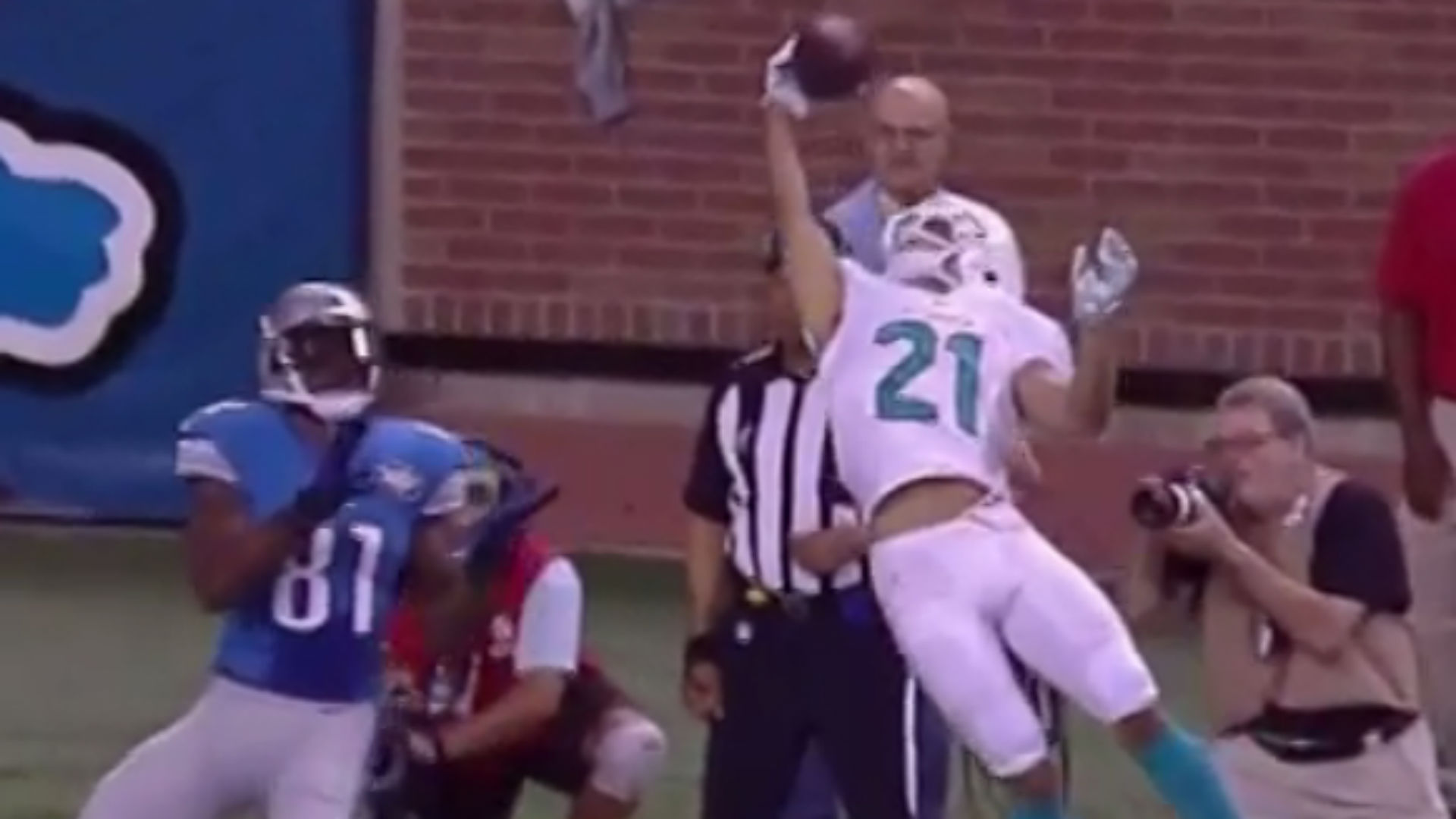 Brent Grimes thinks his catch was better than Odell Beckham Jr s