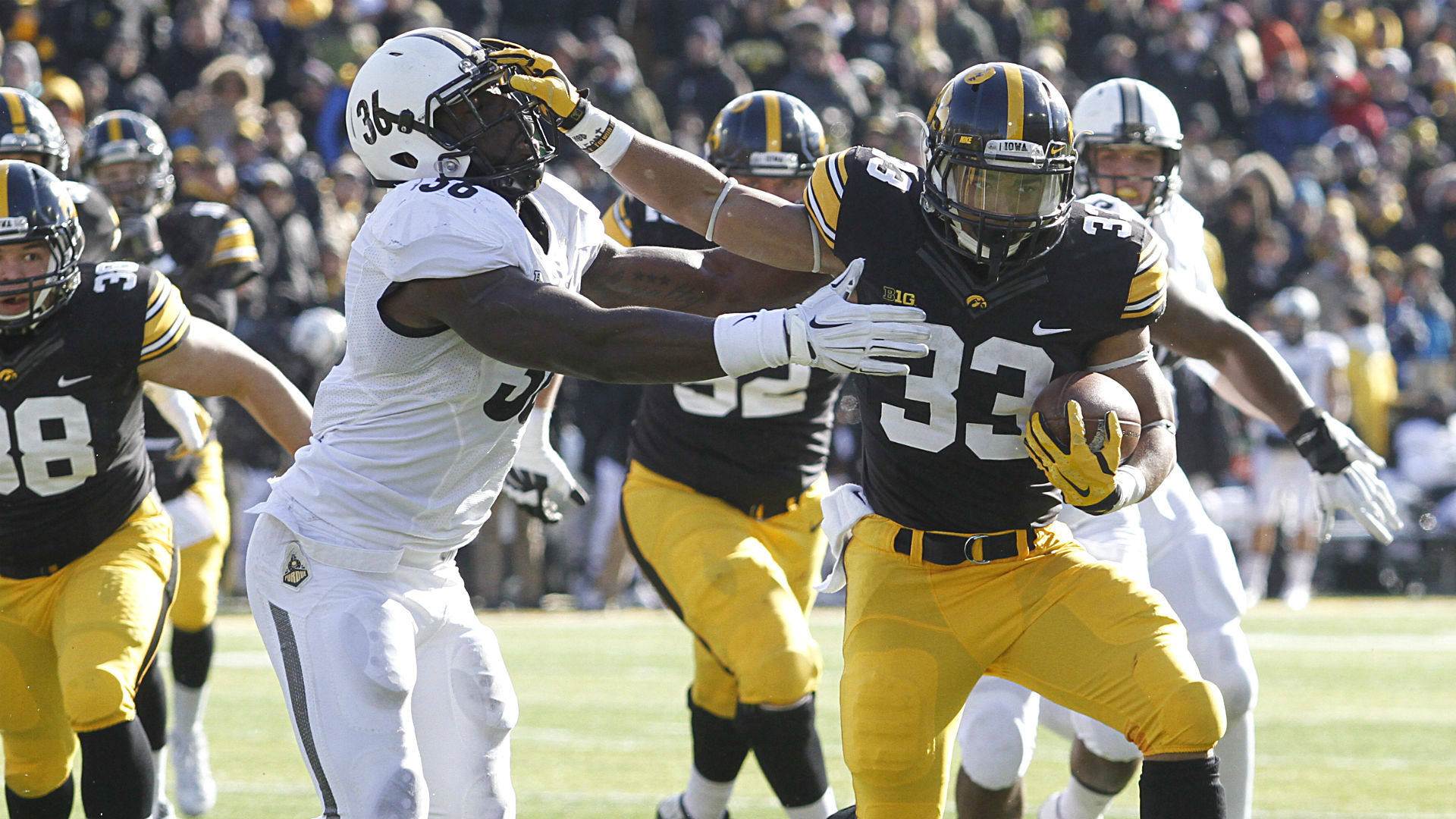 Iowa at Nebraska betting lines and pick – Is this where Hawkeyes' bubble bursts?