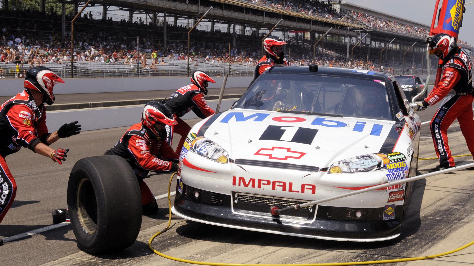 Tony Stewart-Indy-062014-AP-FTR.jpg