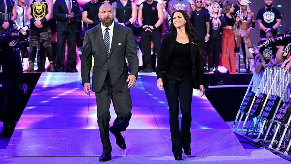 Triple-H-Stephanie-McMahon-FTR-WWE-100118