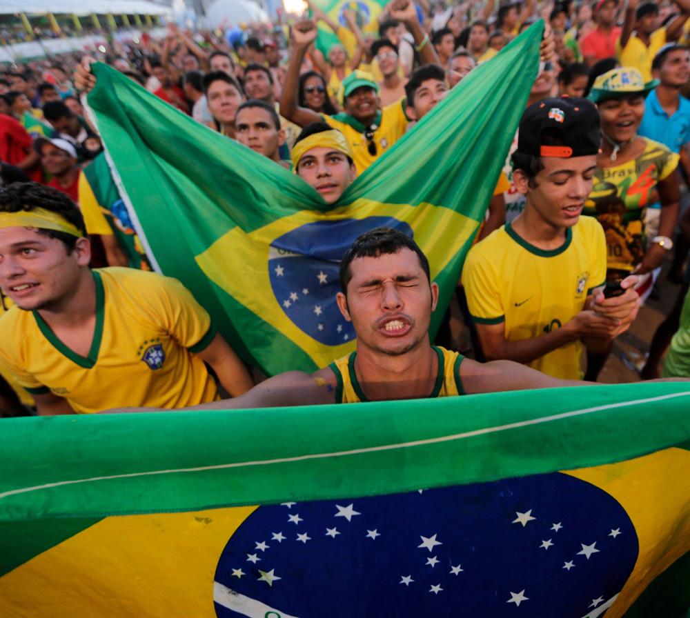 brazil-fans-DL-061214.jpg