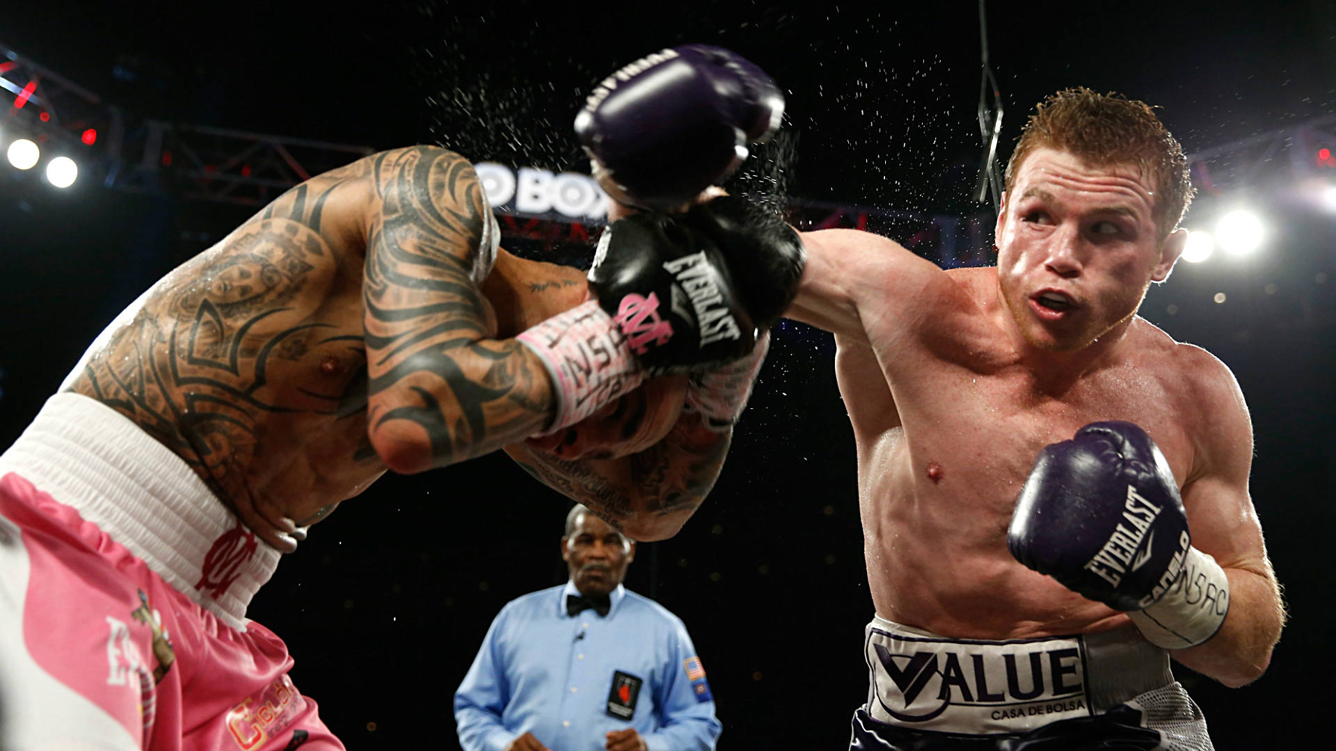 Canelo-Cotto-Getty-FTR-112115.jpg