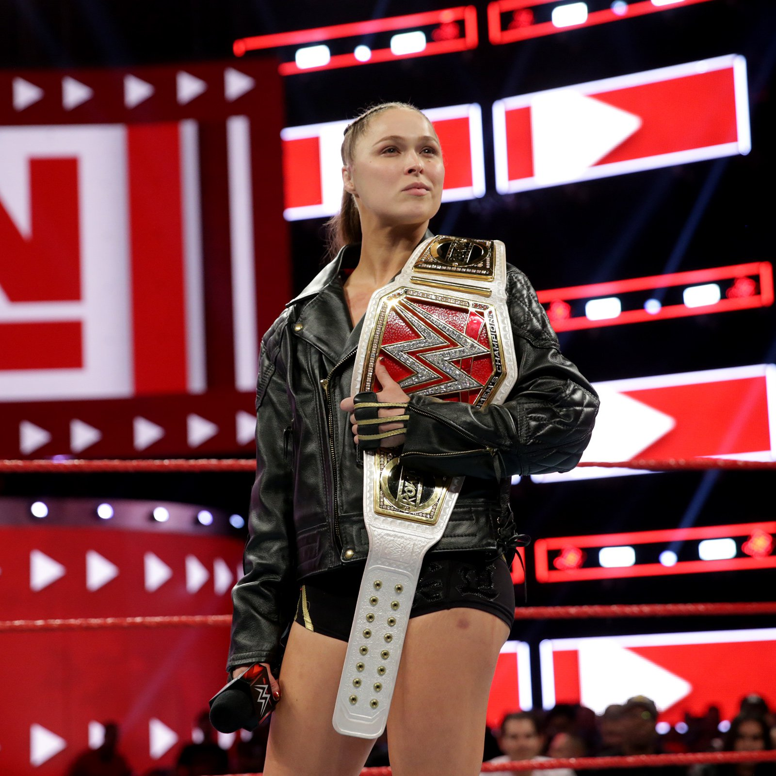 Am I The Only One? Rousey No-sells Beating; Ambrose