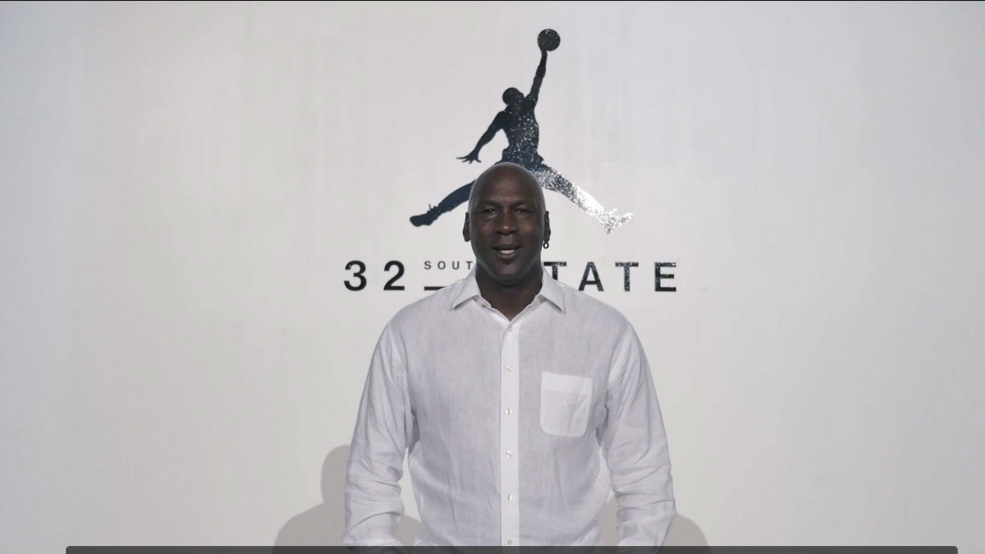 7a74ff6d037402 Michael Jordan welcomes Michigan football to Jumpman roster