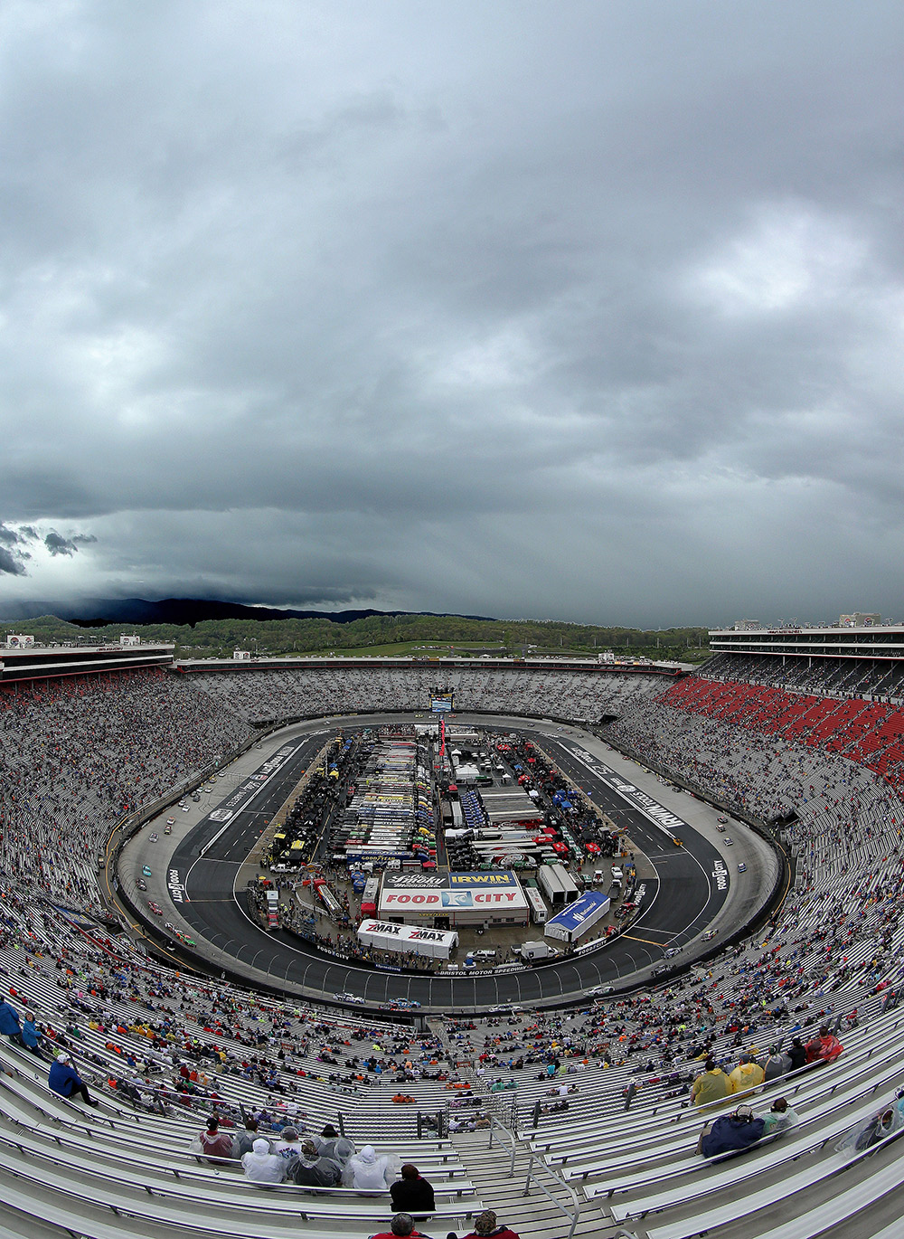 Must see photos of the Food City 500