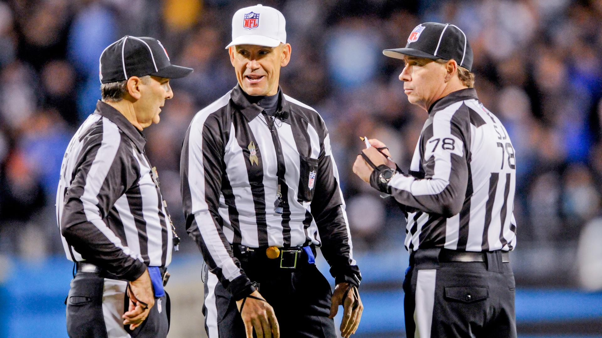 Referees-112113-AP-FTR.jpg