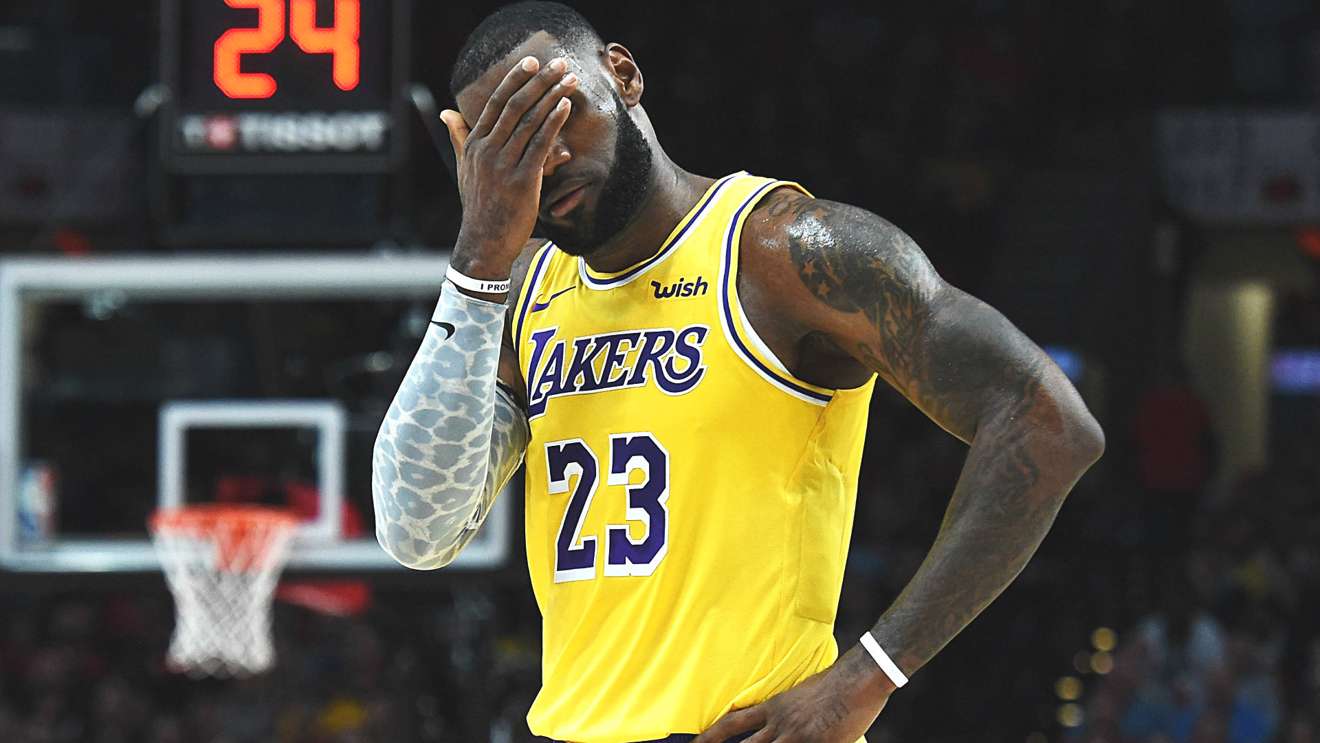 LeBron James' Lakers debut: Stats, highlights from season ...