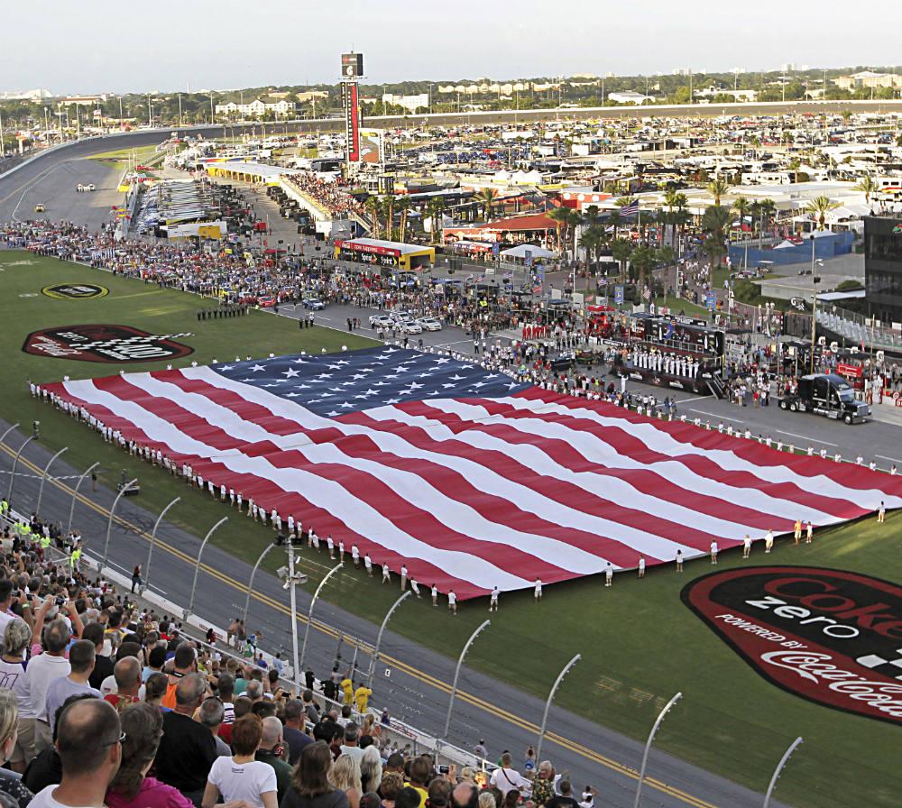 Daytona-Speedway-DL-070214-AP