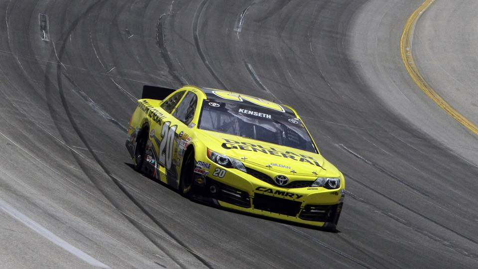 Matt Kenseth-Kentucky bumps-AP-FTR.jpg