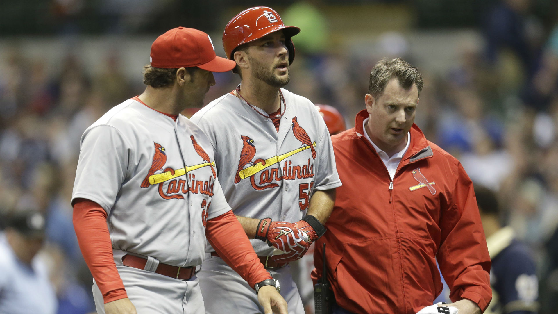 Cardinals' Adam Wainwright leaves game with ankle injury