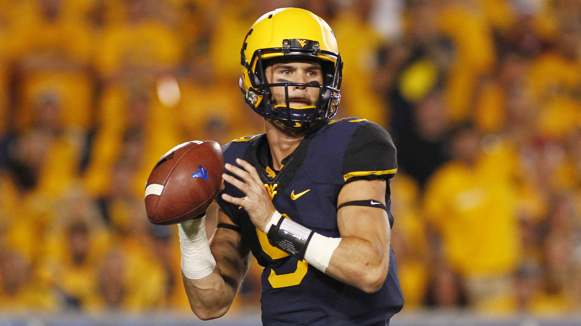 College football opening line report – Bettors make West Virginia home favorite over Kansas State