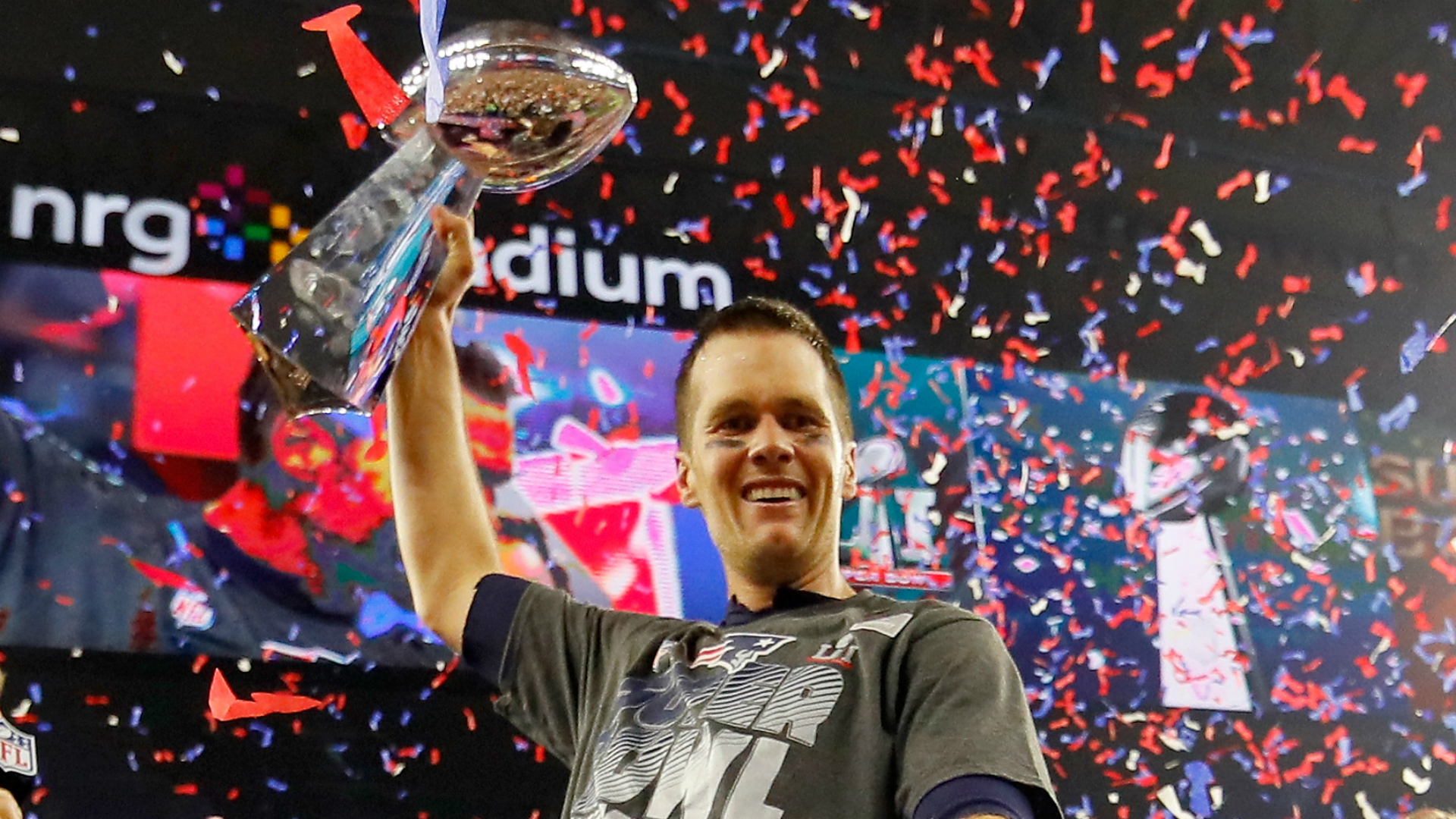 Tom Brady criticized for kissing 11-year-old son on lips