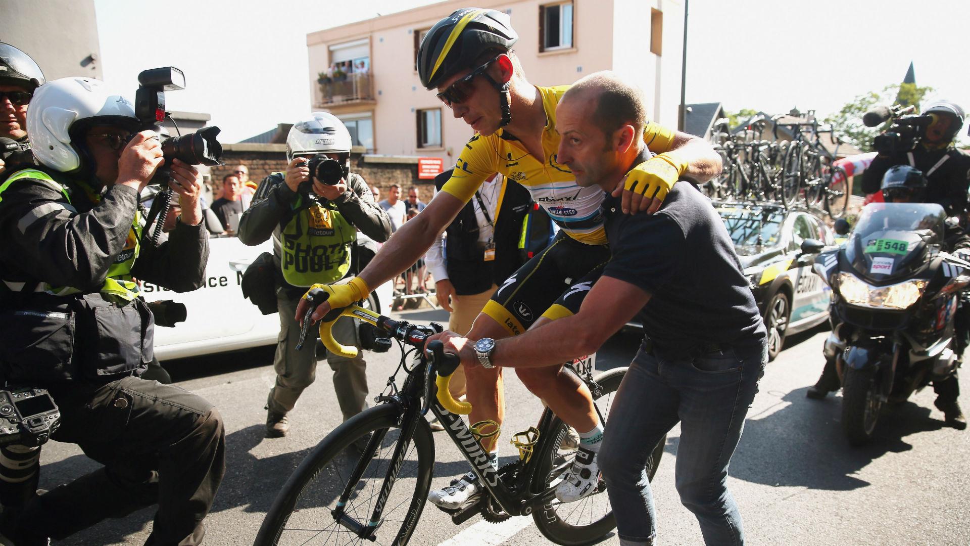 tour-de-france-stage-6-crash-getty-ftr.jpg