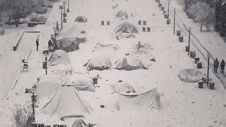 duke-snow-021314-dukeblueplanet-ftr