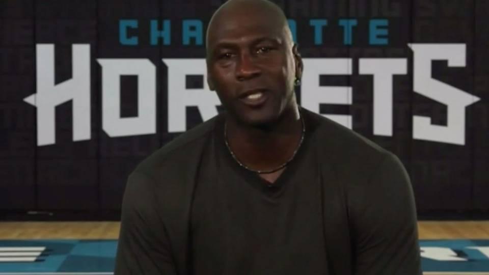 Michael Jordan s message to Kobe Bryant   I still love watching you play  ·  NBA 9f555adf6