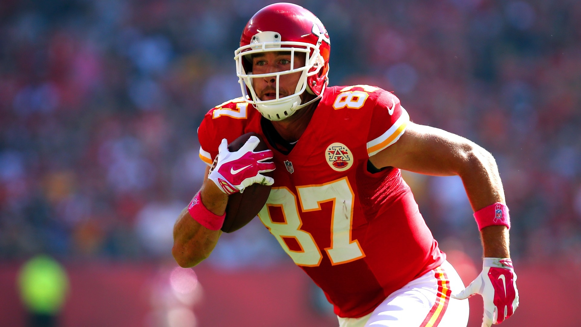 travis-kelce-112914-FTR-GETTY.jpeg