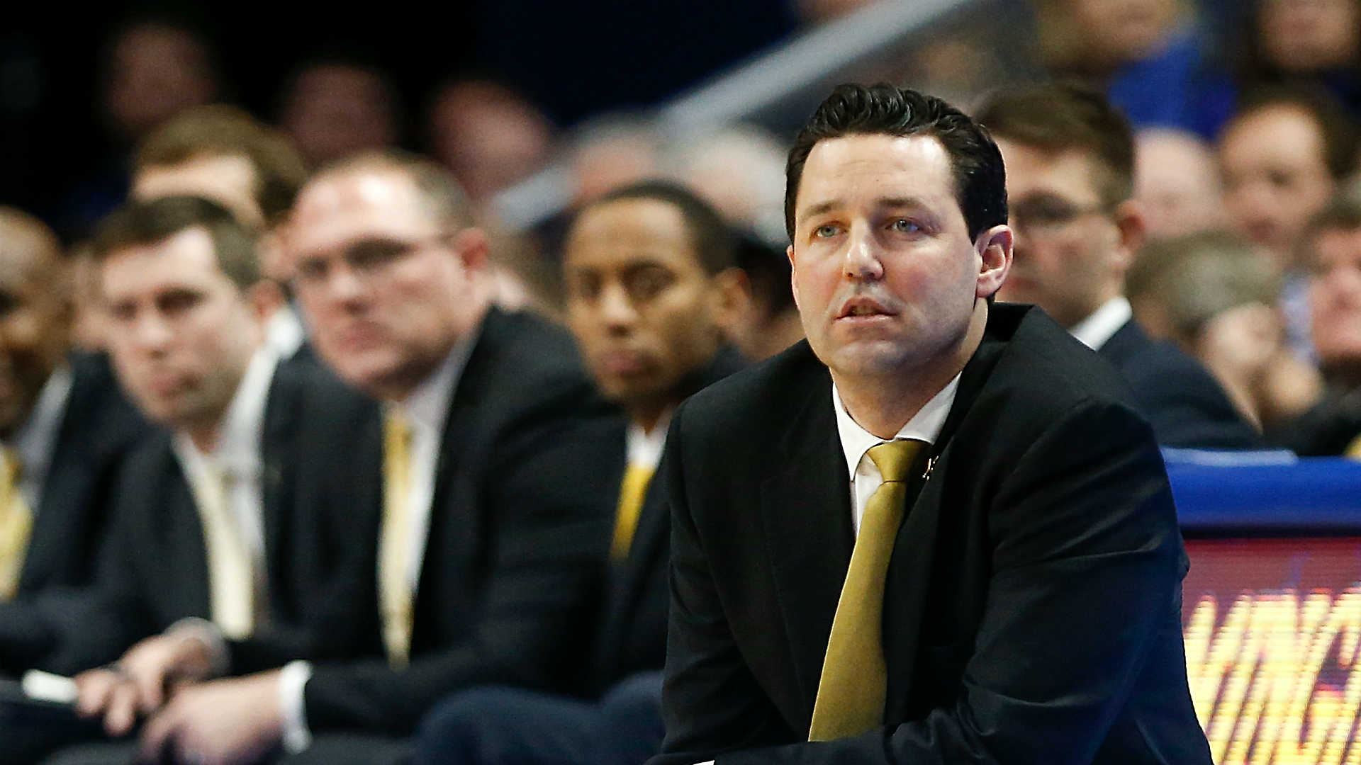 Vanderbit Fires Bryce Drew After Winless Basketball Season in the SEC