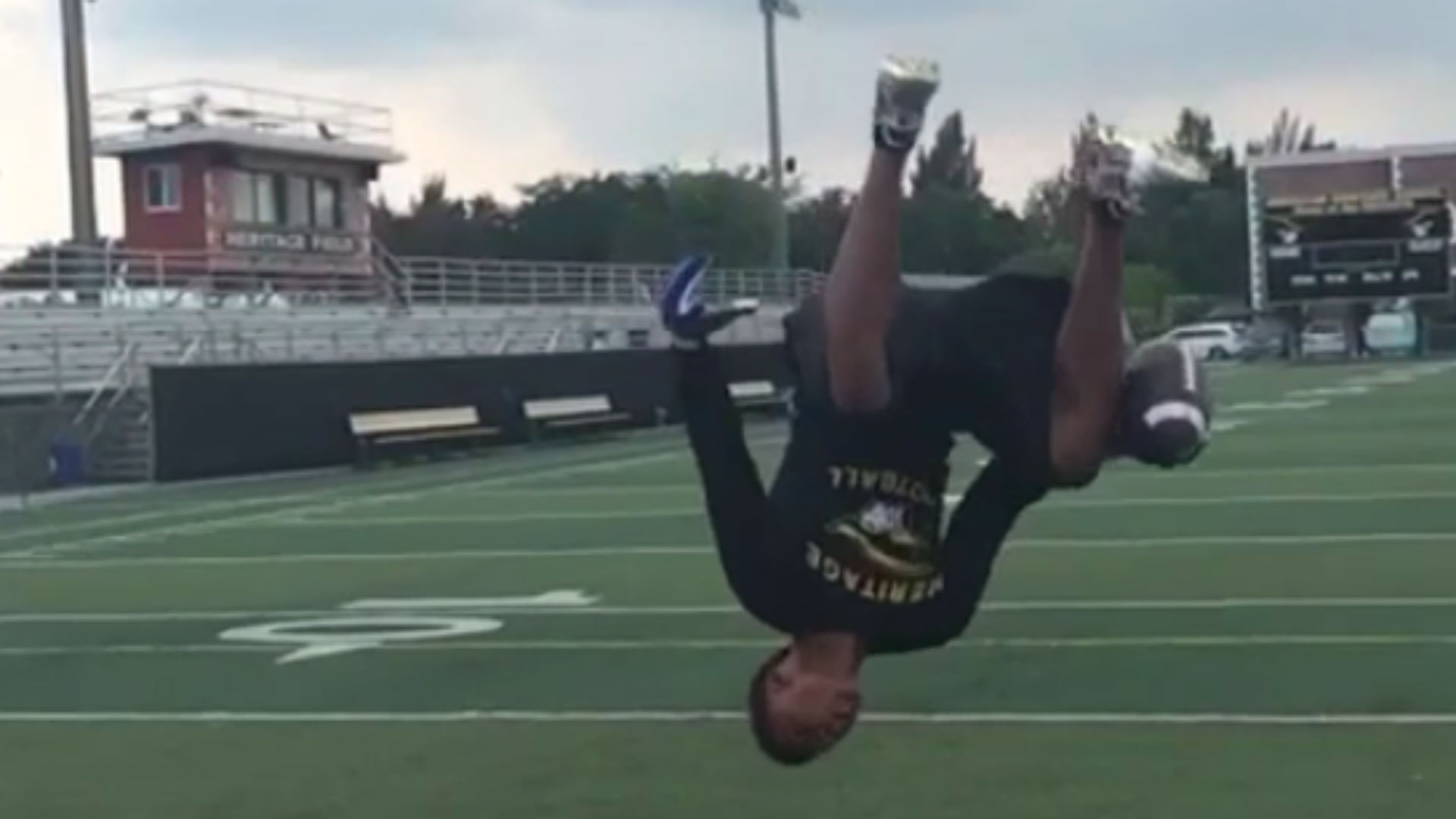 High school prospect pulls off amazing catch in the midst of a backflip