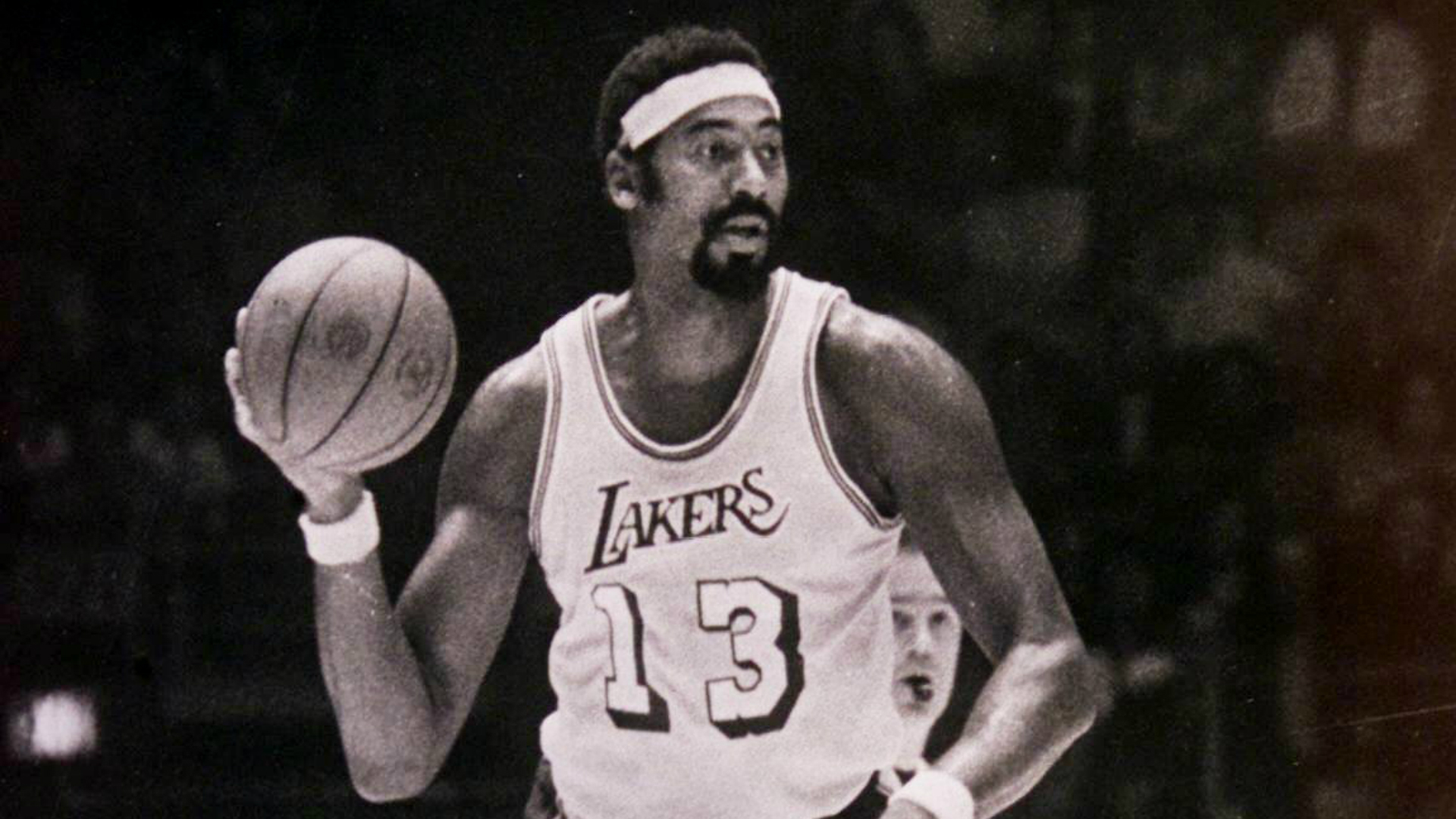 Here s how Wilt Chamberlain once scored zero points in an NBA game