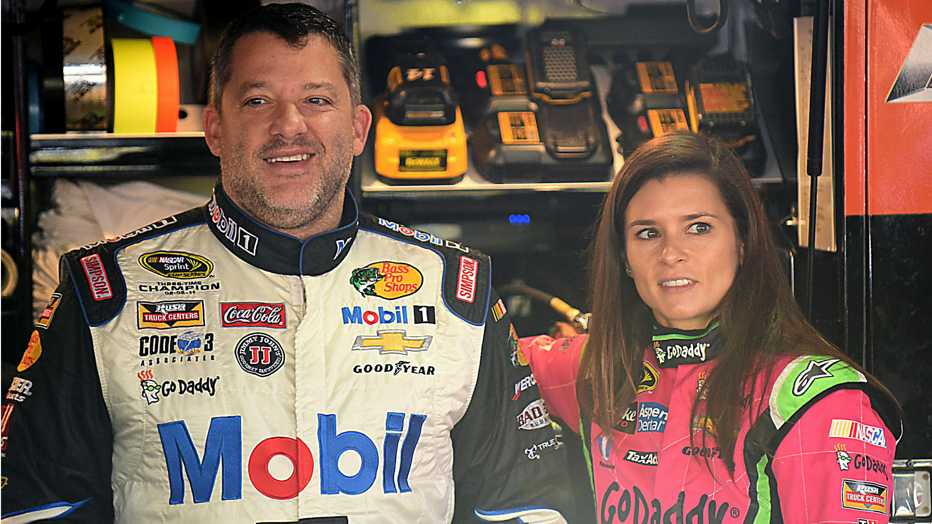 Is tony stewart dating danica patrick
