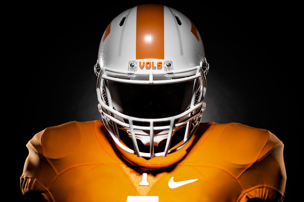 Nike reveals Tennessee's new football and basketball uniforms