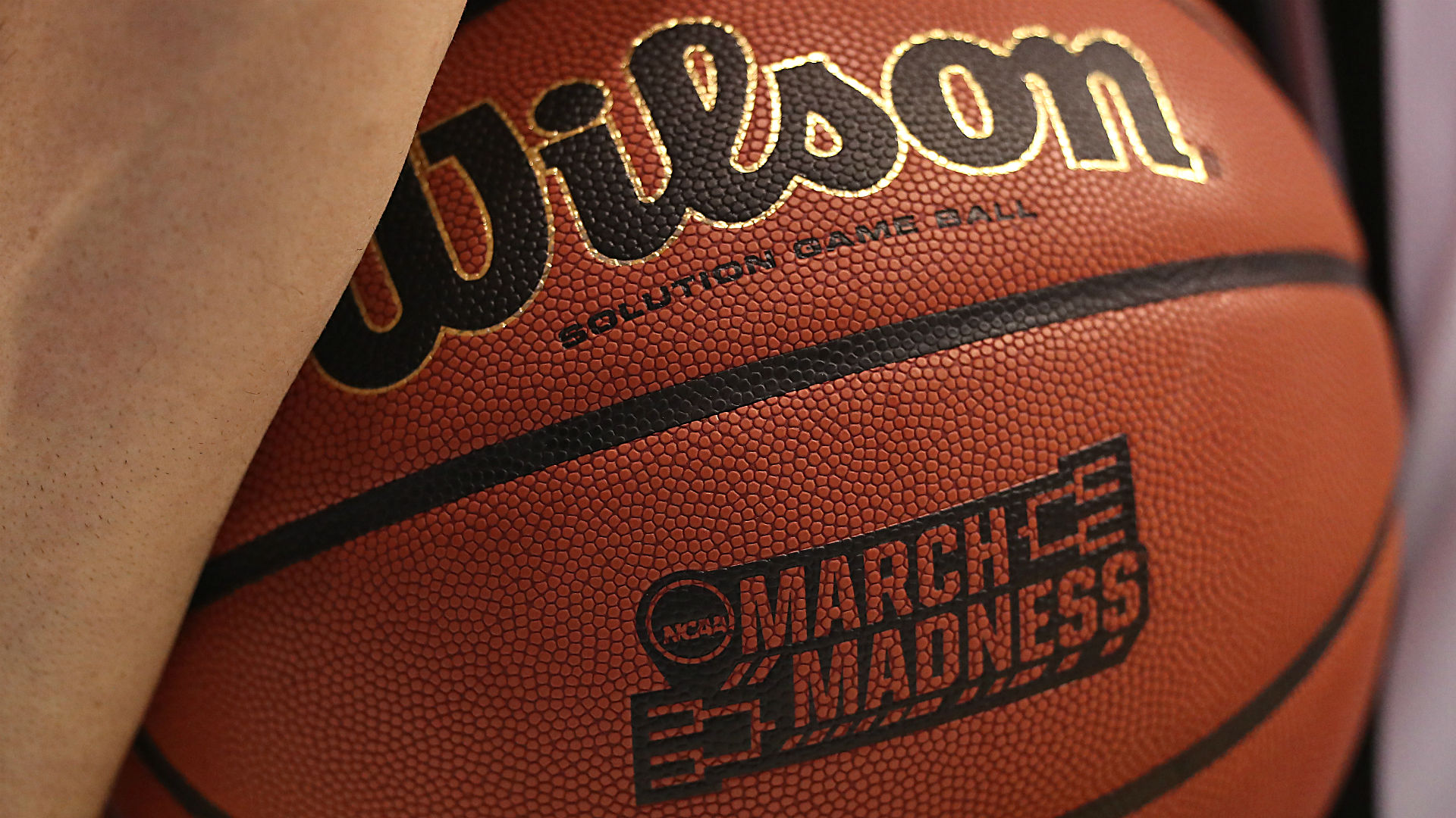 betting odds march madness nfl football games