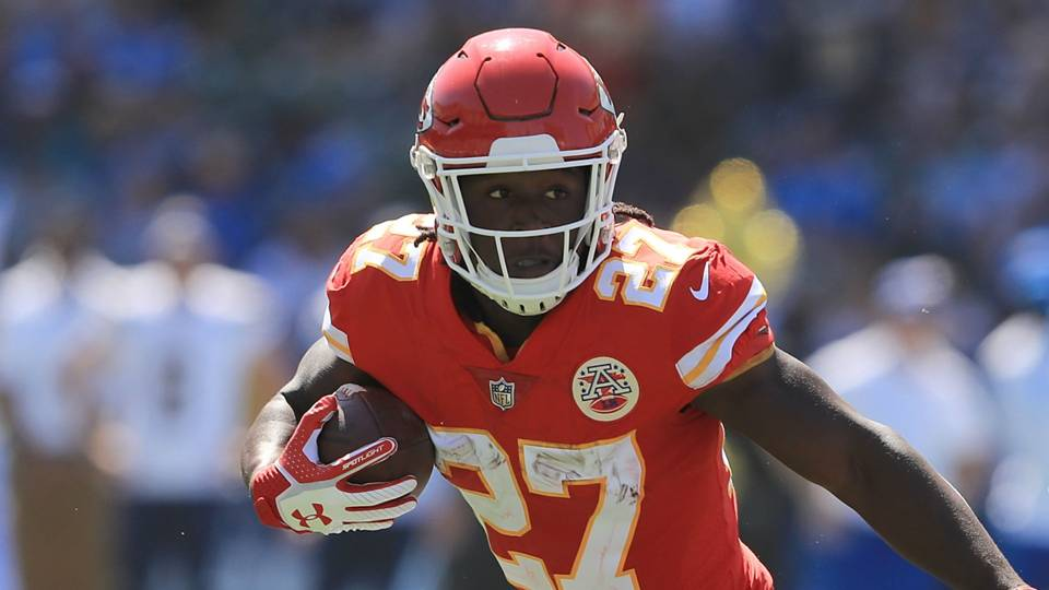 kareem-hunt-investigation-how-the-nfl-failed-under-its-own-policy