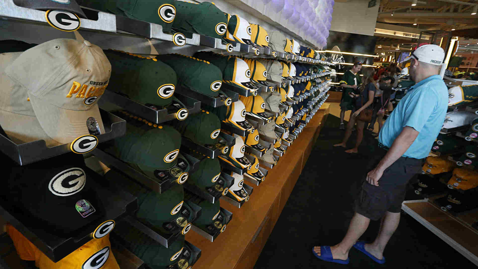 Packers-Store-072314-FTR-Courtesy