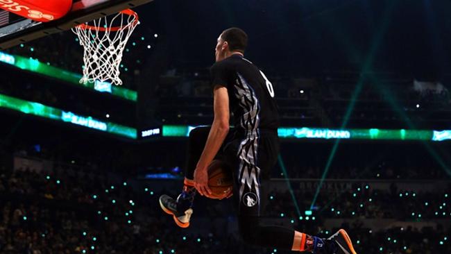 Zach lavine dunk contest-20916-getty-ftr.jpg