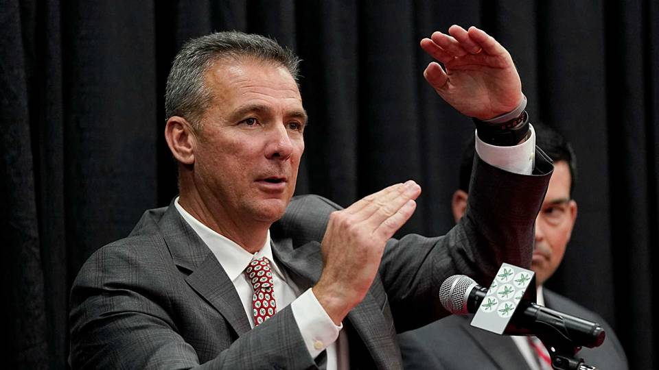 Fox Sports Nearing Deal To Hire Urban Meyer As College Football